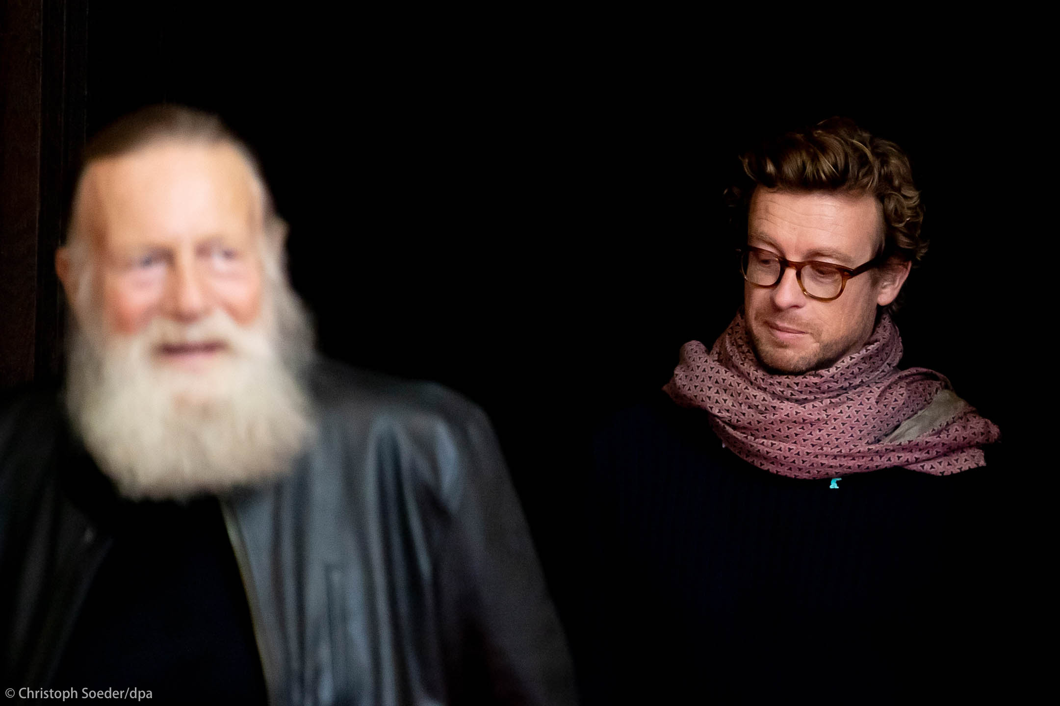 Actors Simon Baker (r) and Jack Thompson